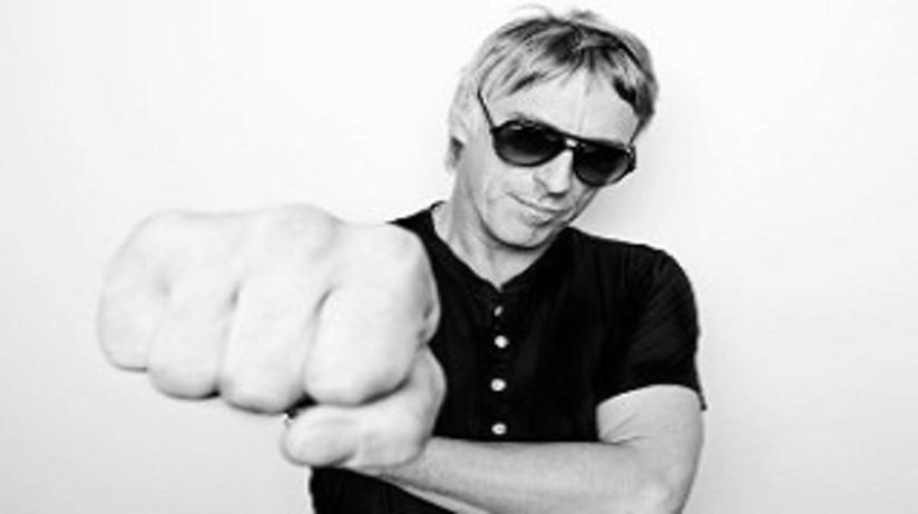 Paul Weller is a Proud Vaper